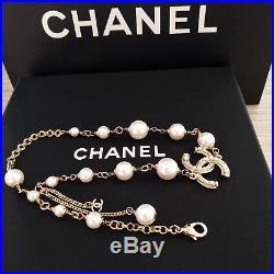 2018 New CHANEL Pearls Bracelet Cc LOGO 18K Gold Chain Hand Chain