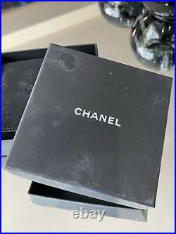 Beautiful Authentic Chanel CC Graduated Faux Pearl & Diamanté Bracelet Wedding