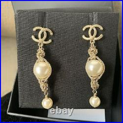 Chanel pearl Necklace And Earrings Matching Set(Not Including Bracelet)