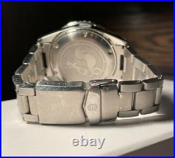 Exquisite Steinhart Ocean One 39 Pearl Dial Automatic Divers Watch Box & Papers