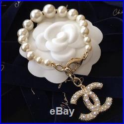 NIB CHANEL CC LOGO Anniversary Pearl Bracelet Gold Chain Hand chain