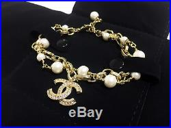 NIB CHANEL pearl bracelet gold double chain hand chain diamond CC logo