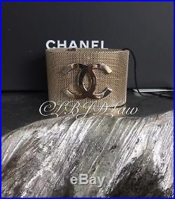 NWT CHANEL 2017 Gold Mesh CC Logo 2 WIDE Bracelet Cuff 17A SOLDOUT Small 7.75